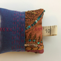 Vintage textile pincushion - free UK postage