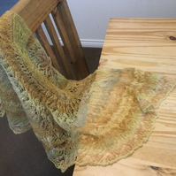 Estonian hand knitted shawl from hand spun wool