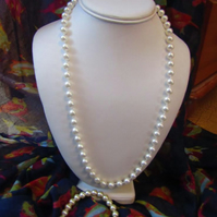 Pearl-look Necklace and Bracelet