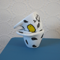Set of 2 little birdy and leaf egg cups