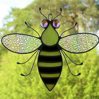 Stained glass Bee iridescent wings, black & yellow body and purple eyes