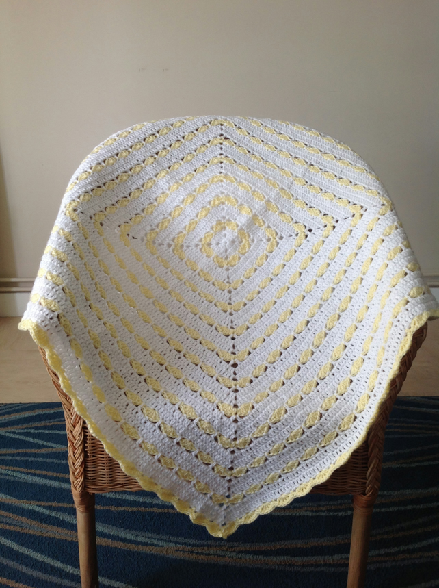 Crochet square baby blanket