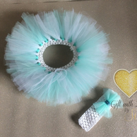 Handmade tutu and headband. Newborn, photo shoot, baby shower gift