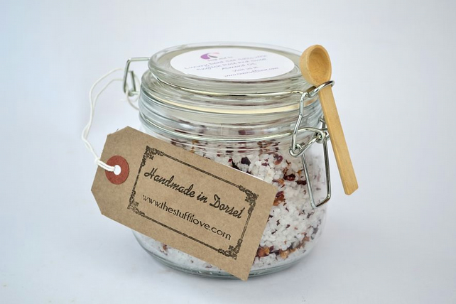 English Rose Dead Sea Salts with Vanilla and Sweet Almond Oil in a Kilner Jar