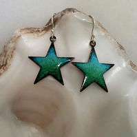 Enamelled copper star(fish) earrings 050