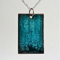 Enamelled copper rectangular pendant in turquoise 076
