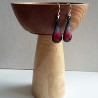 Enamelled copper red and pink teardrop earrings 074