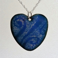 Enamelled copper swirly heart pendant 085