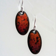 Oval lava earrings in enamelled copper 097