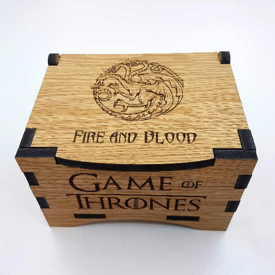 Game Of Thrones House Targaryen Oak Box with hinged lid for jewellery keepsakes