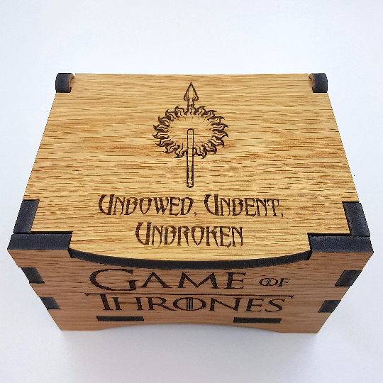 Game Of Thrones House Martell Oak Box with hinged lid for jewellery keepsakes
