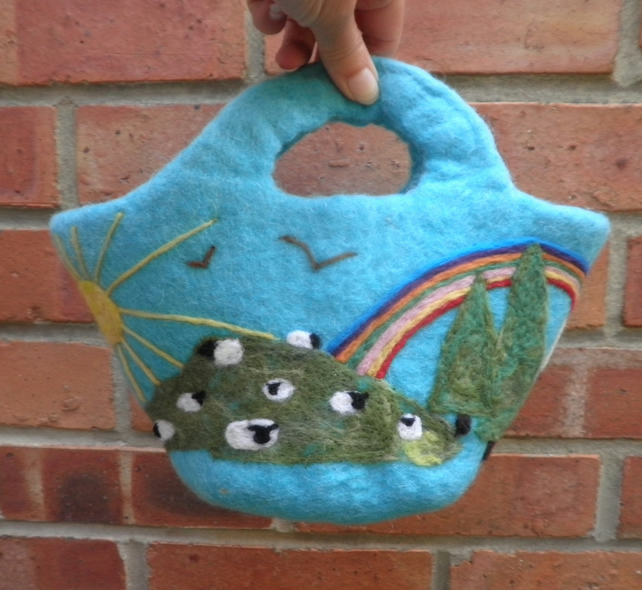 turquoise felted bag with rainbow design felt storage bucket daisies