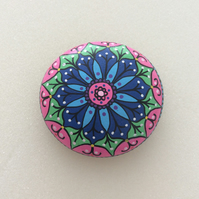 Beautiful Hand painted Mandala paperweight