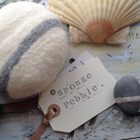 One White Luxury Bath Sponge Pebble by Linda.