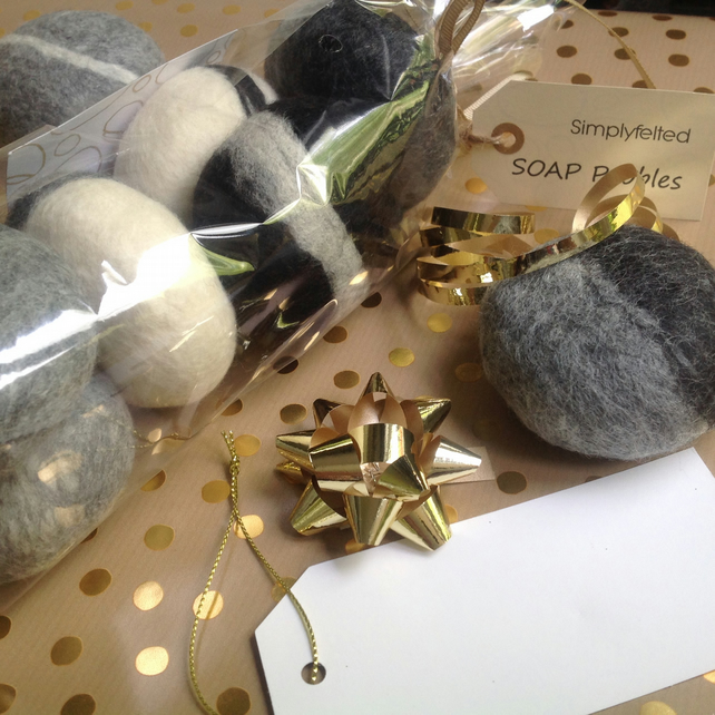 Set of 5, Soap gift set, Hand crafted, unique gift, pure wool, Felt Soaps,