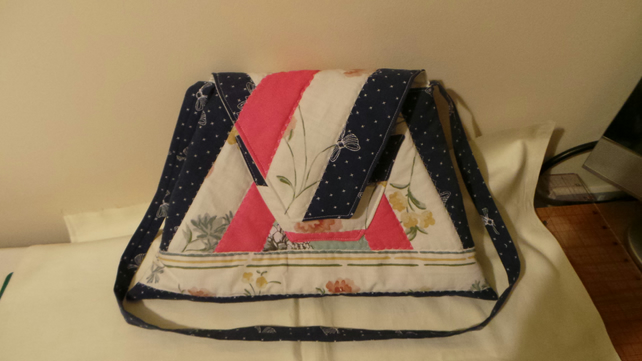 Triangular Patchwork Quilted Handbag Bag