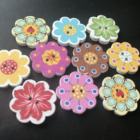10 Flower Wooden buttons - Bright Sewing Buttons - Embellishment scrap booking