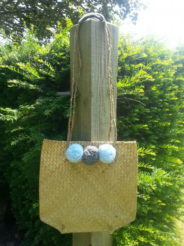 Pom Pom Summer Bag