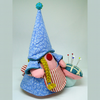 Pin Cushion Trudi - the Bavarian Girl