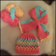 Vintage look hat and scarf for small child