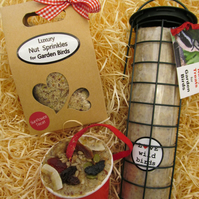 Christmas present gift selection bird feeder for Him Her Mum Dad Grandad