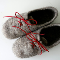 Natural unisex grey wool handmade felted felt slippers, house shoes, clogs
