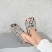 Adult grey wool handmade felted felt slippers, house shoes, clogs natural eco