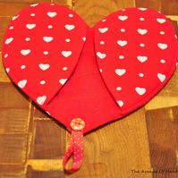 SALE HALF PRICE Heart shaped oven mitt pot holder