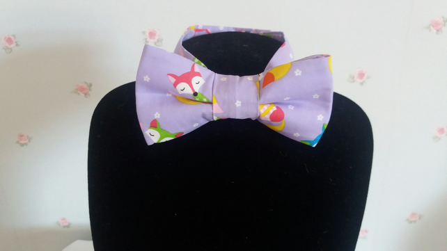 "Lilac coloured ""Foxy"" fabric bow tie"
