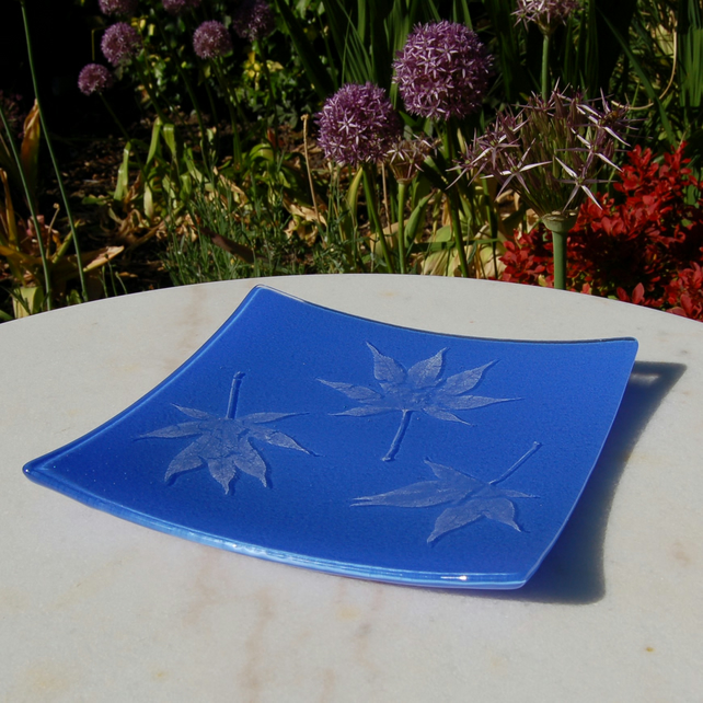 Leaf Patterned Fused Glass Dish