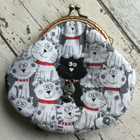 Cat Themed Fabric Clasp Coin Purse