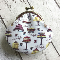 Vintage Cake Themed Clasp Coin Purse