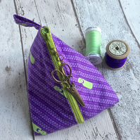 Zip Themed Purple & Lime Green Pyramid Purse