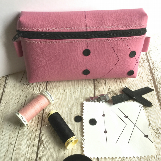 Pink Faux Leather Zipped Pod Pouch with Black Stitch & Dot Embellishment