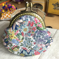 Liberty Print English Paper Pieced Clasp Coin Purse