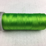 1 x 800m Cop Madeira Polyneon Polyester Colour 1901 Green Embroidery Thread