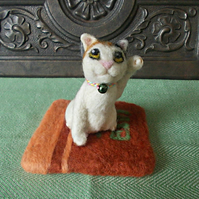 Needle Felted Maneki Neko (Lucky Cat) Sitting On A Zabuton (Japanese Cushion)