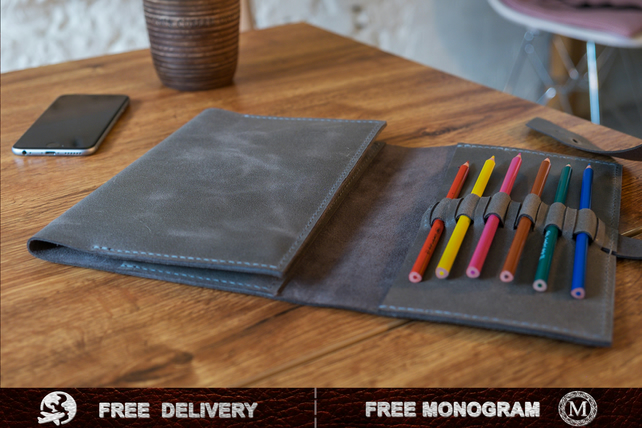 A4 Leather Sketchbook- Drawing Book - Portfolio - Artist accessories -  Monogram