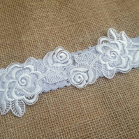 Blue garter, Wedding garter, Floral lace wedding garter - white & blue