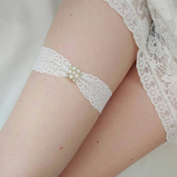 Ivory Wedding Garter, pearl and rhinestone bridal garter, gift for the bride