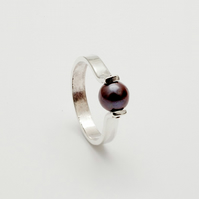 Luisa by Fedha - silver and black pearl riveted ring, stylish, understated