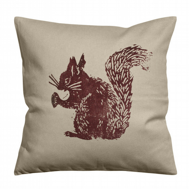 Big Squirrel Linen Cushion Cover