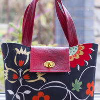 Black Scandi Fabric Handbag