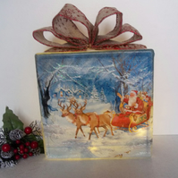 Light Up Christmas Decoration, Santa Decoration, Christmas Glass Block Light