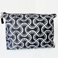 Dumpy Wash bag, Indian block print, Boxy bag, Monochrome, travel bag,
