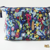 Wash bag, swedish print, vintage travel bag, cosmetic bag, zip bag