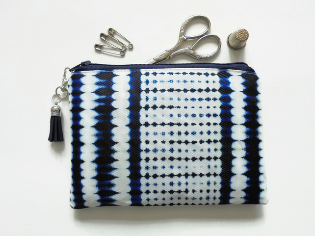 Zipper Pouch, Indigo, Tie dye, Shibori, small zipper bag, sew