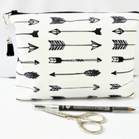 Wash bag, arrow print, travel bag, cosmetic bag, zip bag, make up bag.