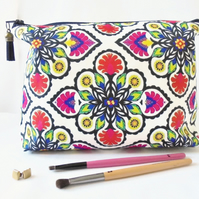 Wash bag, Boho, Gypsy, folky, colourful travel bag, cosmetic bag, zip bag, make