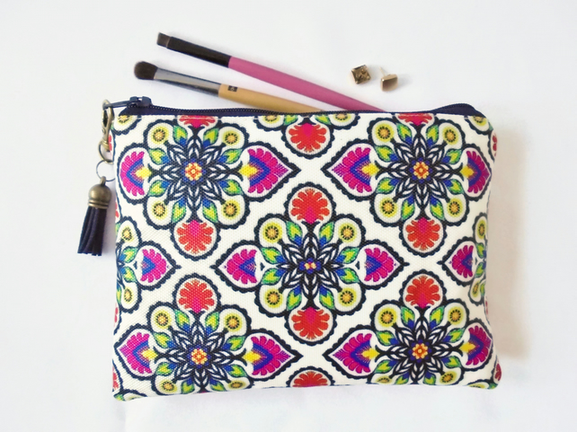 sewing Pouch, folk style, boho style, travel wallet, makeup organiser.